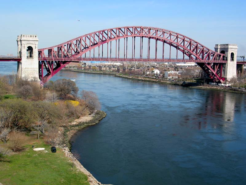 The view of hell gate bridge new york connecting railroad bridge from