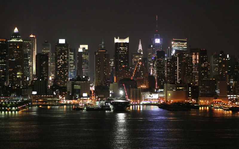 New York Skyline http://wirednewyork.com/manhattan/skyline/