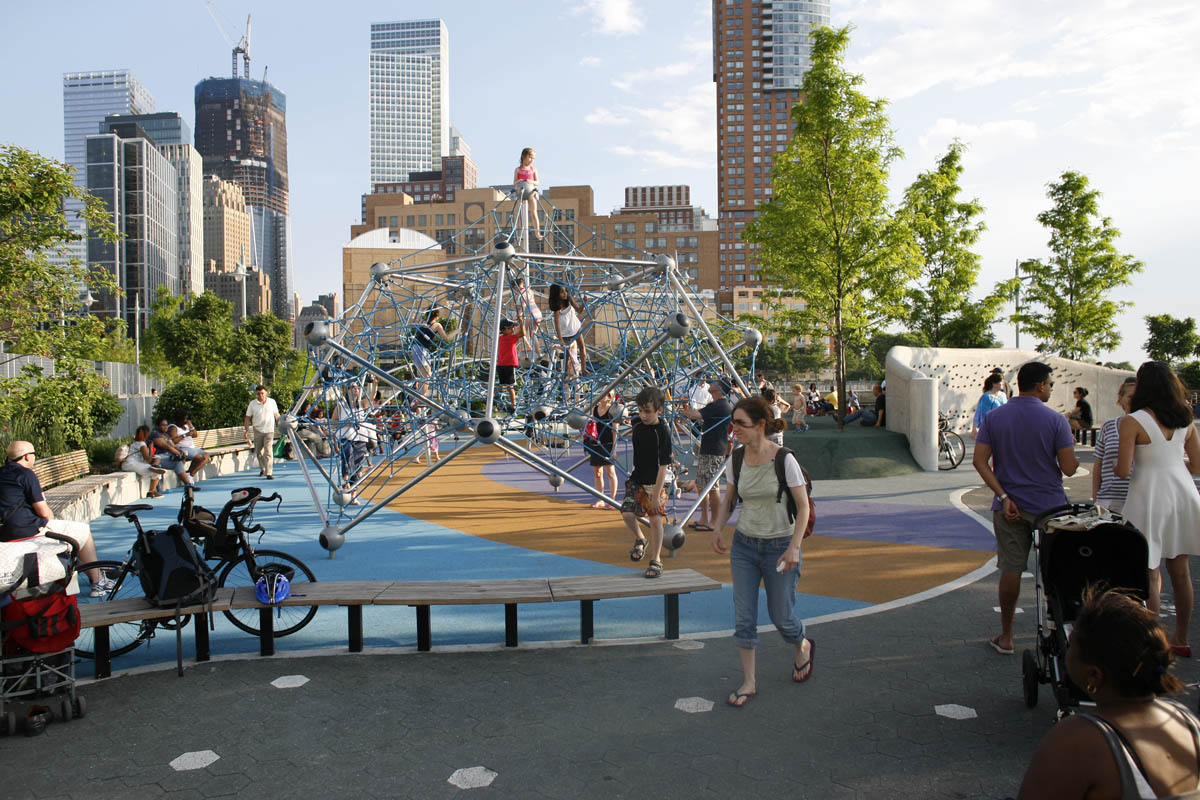 Pier 25 children s playground wired new york for Pier hotel new york