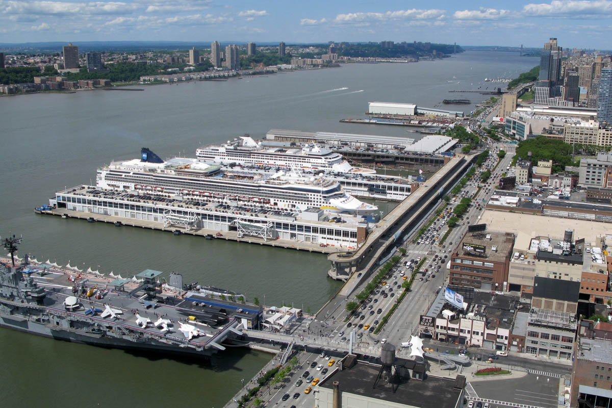 Manhattan cruise terminal wired new york for Pier hotel new york
